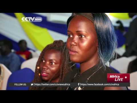 Young people in South Sudan use beauty pageants to encourage