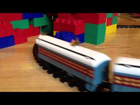 Lionel Polar Express Giant Lego Builderblox Lincoln