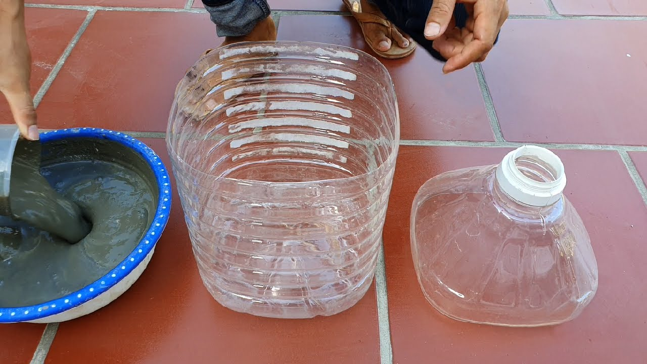 Cement Craft Ideas /Making a Beautiful Plant Pot with Plastic Bottles and Cement for Garden At Home