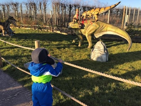 Aden goes to dinosaur land!! 14.01.16