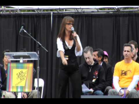 Mary Bird Performs at AIDS Walk San Francisco