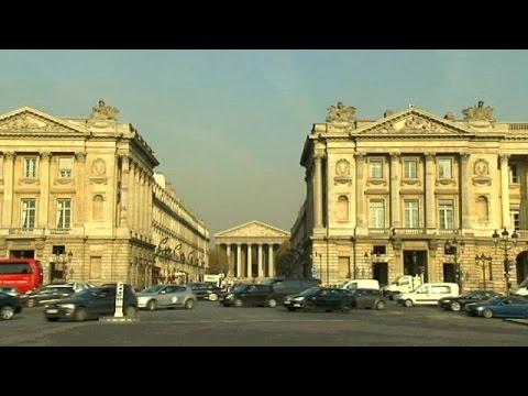 Французская экономика немного оживилась - Economy