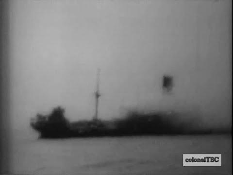 American submarine attacks Japanese cargo ship - 24 October 1943