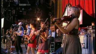 Arcade Fire - Keep The Car Running | Reading Festival 2007 | Part 1 of 9
