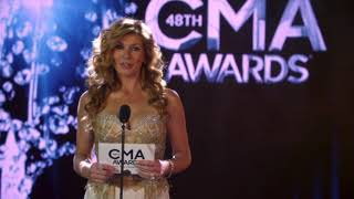 "Rayna Jaymes Anouncing  Luke Wheeler Winning ""Male Vocalist Of The Year"" at the 48th CMA Awards"