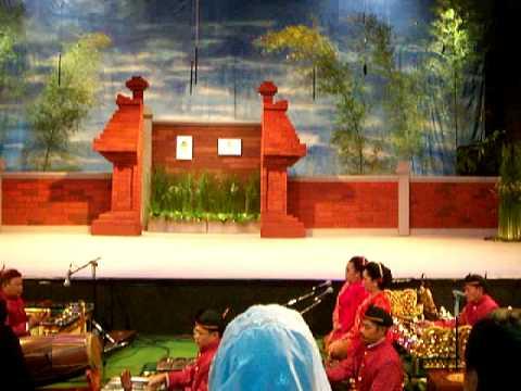The Opening of Ludruk Sarip Tambak Oso