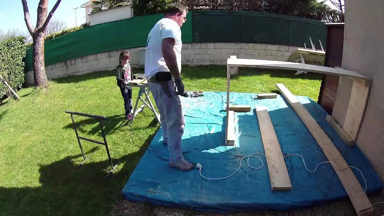 Bricolage carr potager sur pieds youtube for Bac de potager sur pieds