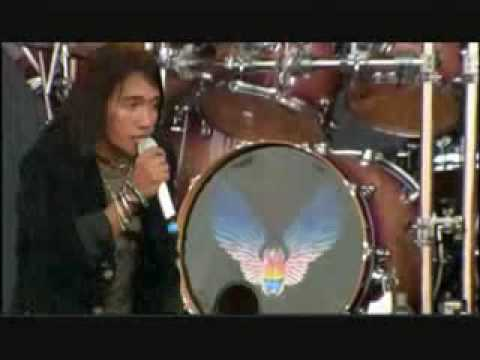 Journey - Don't Stop Believing (Live @ Download 2009)