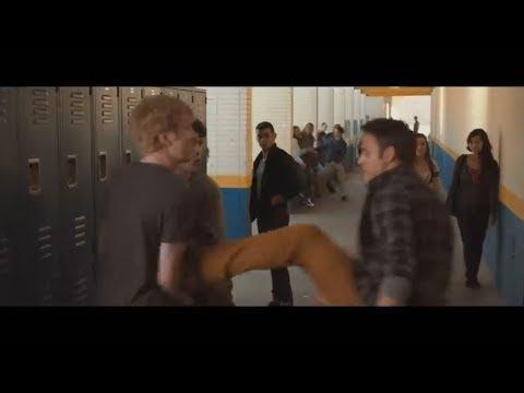 Друг разнимет драку, а лучший друг влетит в нее с двух ног (как всегда, все в описании)