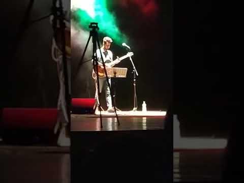 Yawar Abdal performing live at Aligarh Muslim University in filmsaaz 2018