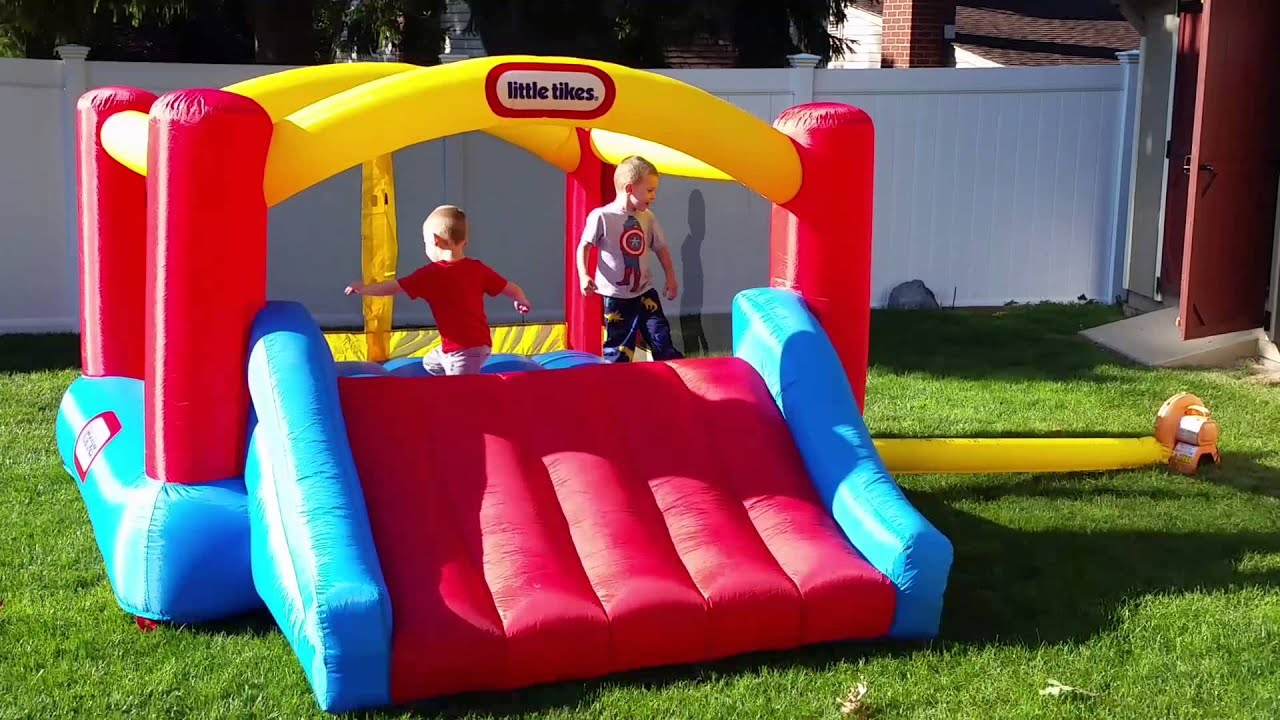 Little Tikes bouncy house with twins