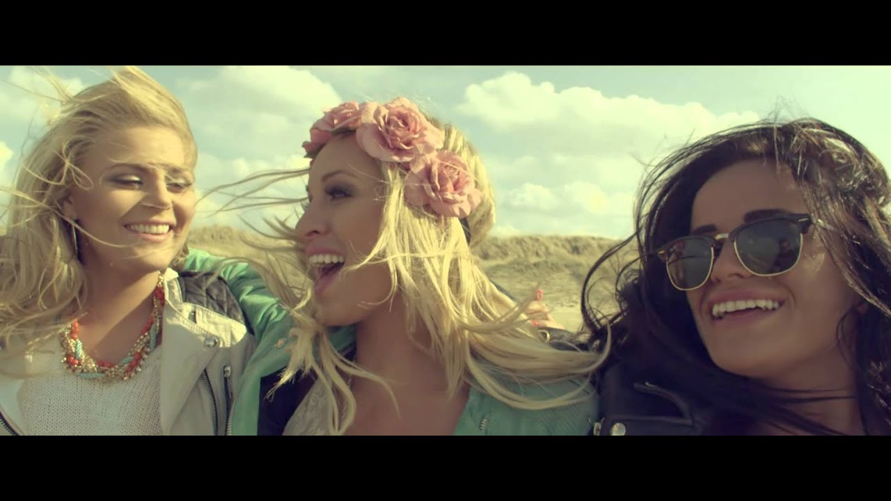 Carina Dahl - It Gets Better [Official Music Video]