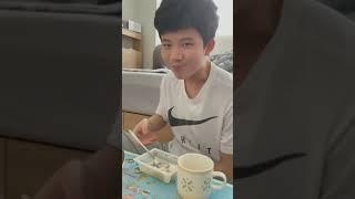 치킨무에 밥말아먹기