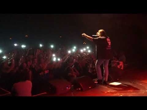 Post Malone - I Fall Apart | Kansas City,...