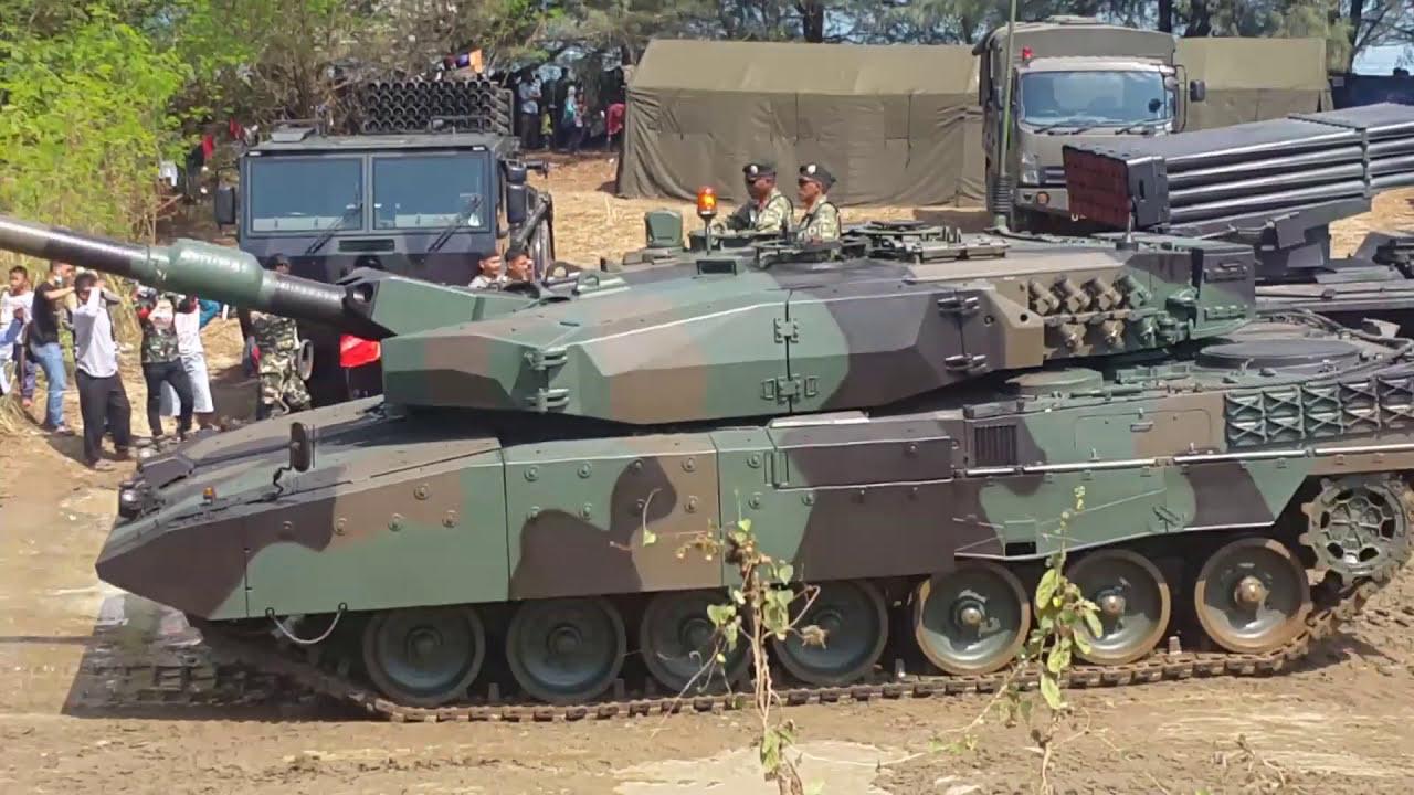 Aksi tank baja TNI di merak-Banten