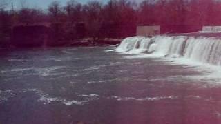 Grand Falls Largest Waterfall in Missouri.