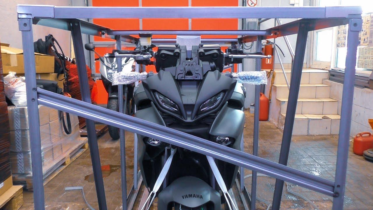 Так выглядит новый японский мотоцикл из коробки / Катаю на Yamaha MT09 Tracer с нулевым пробегом