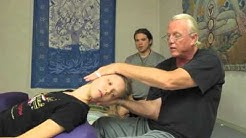 Thai Yoga, Thai Massage SomaVeda® Bolster Magic for Head, Neck and Shoulder