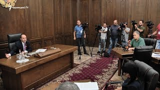 ԸՕ փոփոխման շուրջ այսօր ևս կոնսենսուս չկայացավ, կոշտ բանավեճ ծավալվեց տեսախցիկների հետ կապված