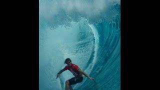 2014-08-23 Tahiti WC Surfing