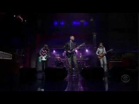 Maroon 5- Wont Go Home Without You (Live on Letterman)
