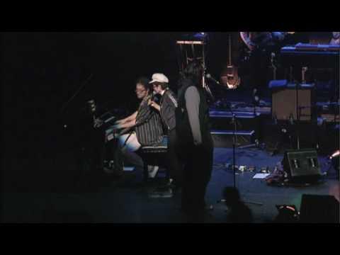 Yoko Ono Plastic Ono Band - Moving Mountains (live)