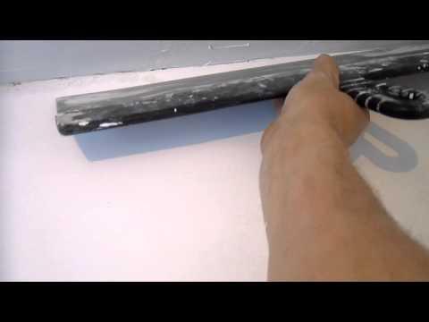 видео: шпатлевание потолка длинным шпателем