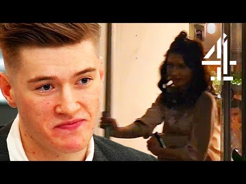 That Moment Your Date Bails Without You Knowing... | First Dates