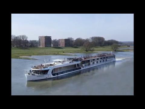 Doop Vijf Sterren + Rivier Cruise Schip MS Amakristina!