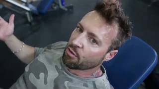 Kris Gethin Quick Tip: The Single Leg Mind Muscle Connection