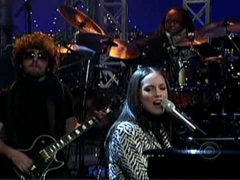 Alicia Keys- The Thing About Love (Live Letterman)
