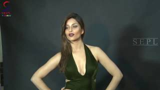 Gone Wild Nyra Banerjee Sizlling Hot PHOTOSHOOT !!