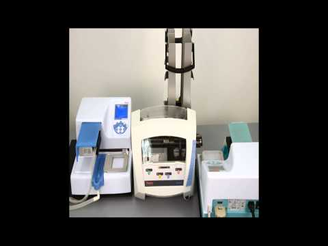 RapidStak microplate stacker with two Multidrop Combi dispensers