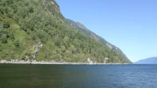 На Пароме. Телецкое озеро. Джип-туры по Алтаю.(, 2013-01-17T16:07:52.000Z)