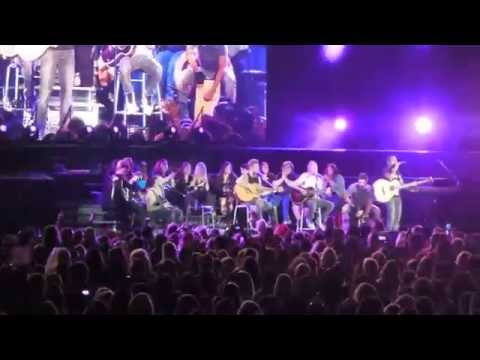 """Backstreet Boys - """"Quit Playing Games With My Heart"""" Live in Chicago 2014"""