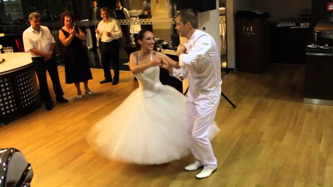 93cb850a6f Salsa esküvői tánc. Goldance Tánciskola