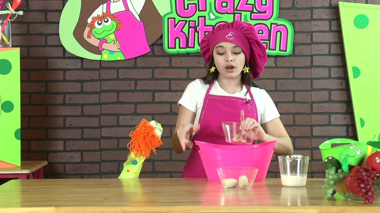 Elena\'s Crazy Kitchen: Frosty Banutter Drink - YouTube