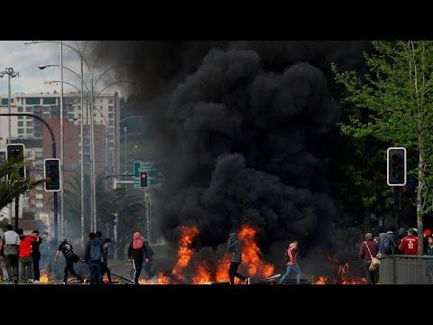 euronews (en español): El Presidente de Chile Piñera dice que el país está en guerra y extiende el estado de emergencia