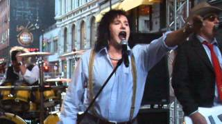 WIG WAM - Wall Street Live i Karl Johans Gate Under Sommertid 6 Juni 2012