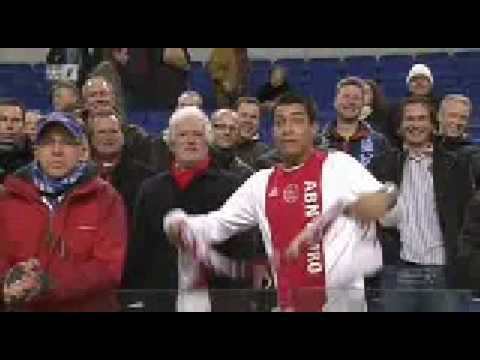 Ajax-idioot gaat uit zijn dak na verlies tegen Heerenveen