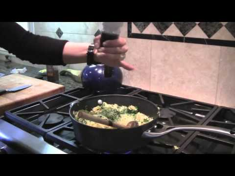 How To Cook Spaghetti Squash: Fast, Easy, & Delicious