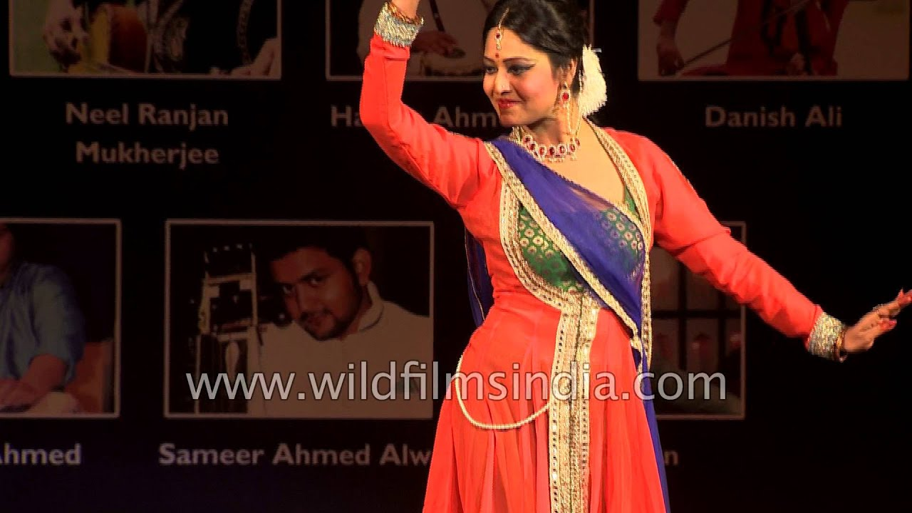 Sangeeta Majumder performs Indian classical dance 'Kathak'