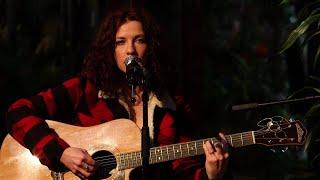 Performing live | Ben Murray and Rosie Doonan