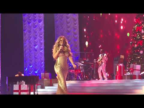 ( HD ) Mariah Carey Christmas live Paris 2017 - Christmas Baby Please Come Home