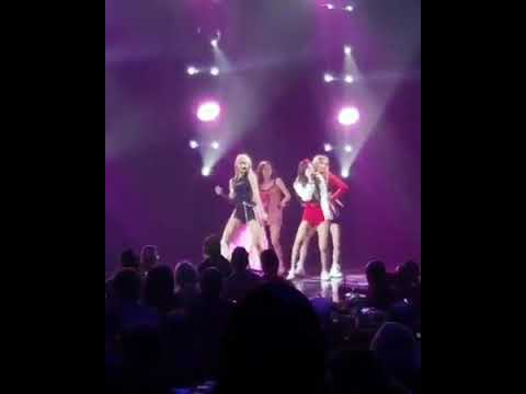 BLACKPINK - Forever Young - Universal Music Group Showcase US Debut Mp3
