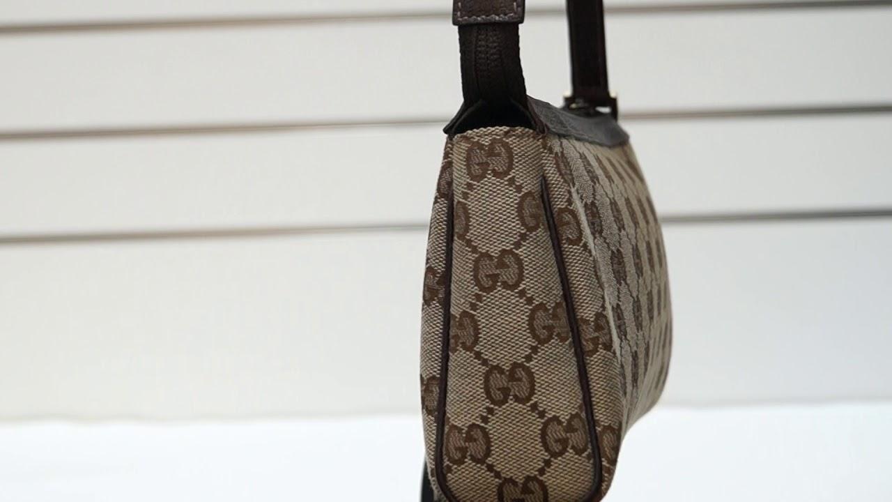 d55874af5 Gucci Beige/Ebony G Canvas Abbey D-Ring Pochette Bag E5238 - YouTube