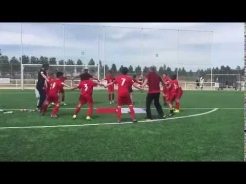 El Santa Marta alevín A celebra el título de Liga