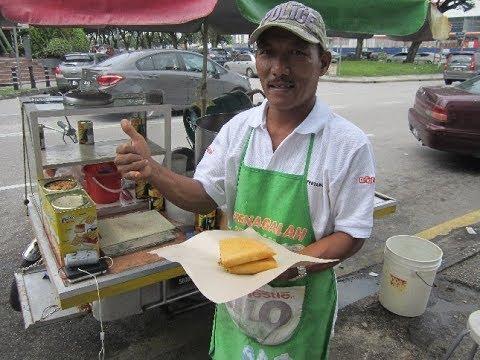 Apom Balik (turnover pancakes) & Jagung Rebus (boiled corn) 27 Jan 2018