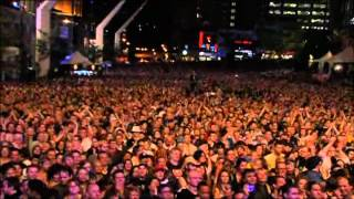 The Brian Setzer Orchestra Its Gonna Rock Cause Thats What I Do 2010.avi