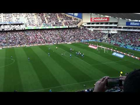 Alessandro Del Piero Scoring his first goal for Sydney FC (FREE KICK)